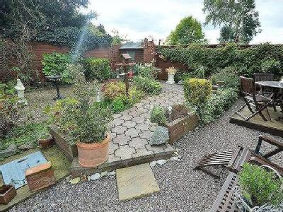 House for sale, Penney Close - Patio