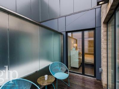 Flat to let, Kingly Street - Listed