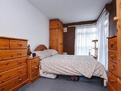 Flat for sale, Peregrine Road