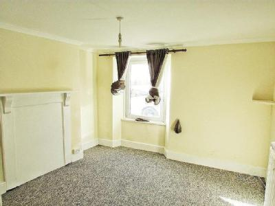 Flat for sale, Bridwell Road - Garden