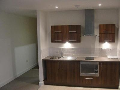 Flat to rent, St Mary's Road - Garden