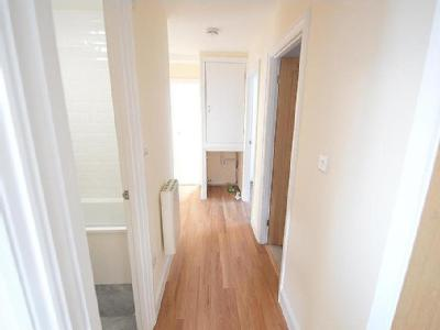 Flat to rent, Halstead Co9