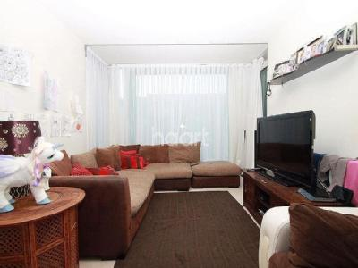 Flat for sale, Hayes Town