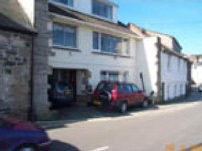 Dolphin Court, Fore Street, Newlyn