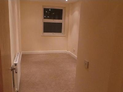 Flat to let, Mitcham Cr4