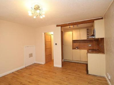 Westmill Road, Hitchin, Sg5 - Kitchen