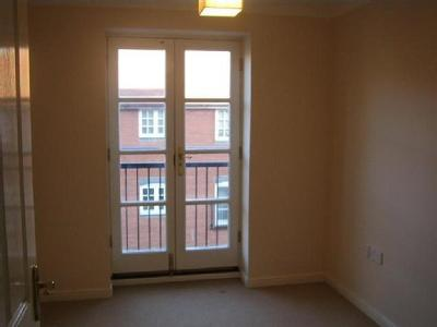 Flat to rent, Albany Gardens