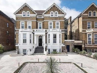 Flat for sale, Bolton Road - Garden