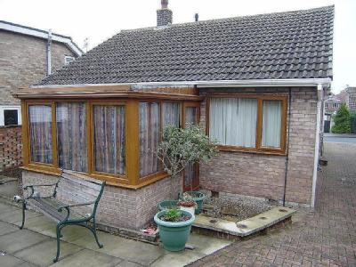 House to rent, Wood Street - Garden