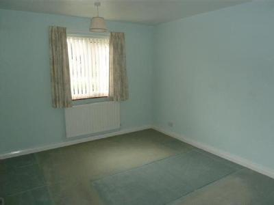 House to rent, Meadow Way - Bungalow