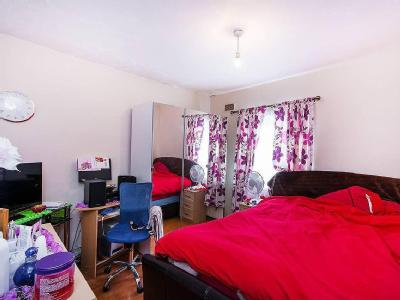 Flat for sale, Sumner Road