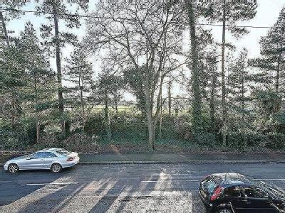 Flat for sale, Maxwell Road - Garden