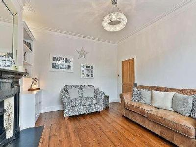Flat for sale, Moring Road - Freehold