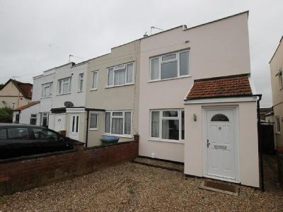 First Avenue, West Molesey, Kt8
