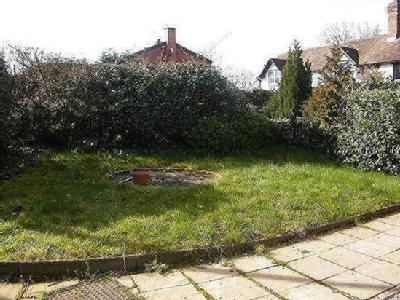 House to let, Keytes Lane - Garden