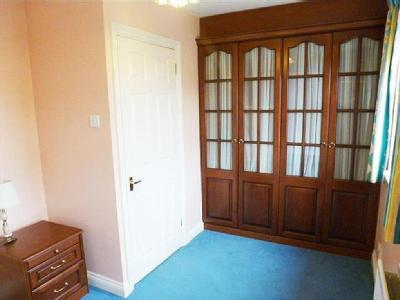 House to let, Mayles Close - Garden