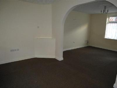 House to let, Alan Road - Terrace