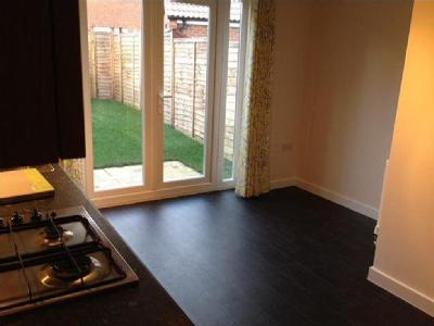 House to let, Bluebell Walk - Garden