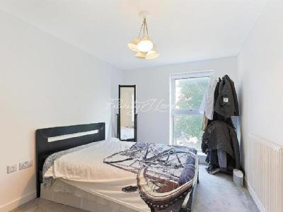Ascot House, E14 - Double Bedroom