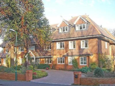 Flat to let, Weybridge