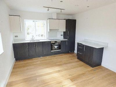 Flat to let, Leatherhead