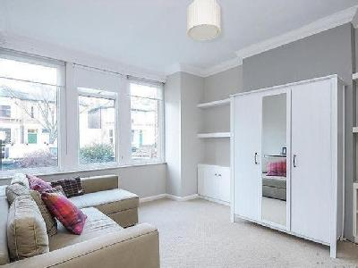 Colfe Road Forest Hill Se23