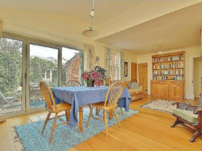 House for sale, Romsey - Kitchen