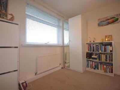 Flat to let, Sunniside