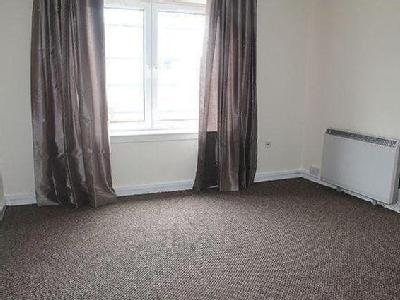 Flat to rent, Camelon, Fk1