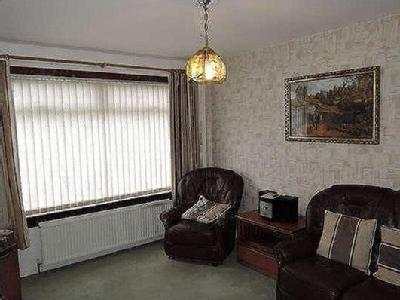 Calder Grove, Motherwell Ml1 - Garden