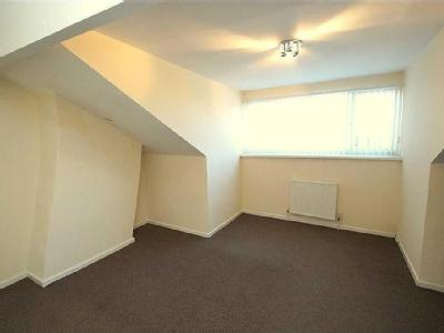 Raincliffe Road, Leeds - Unfurnished