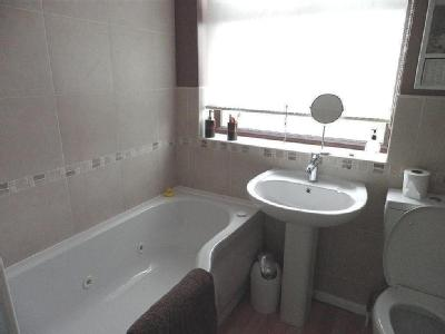 House to rent, Troon Close - Detached