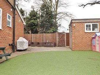 House for sale, Forest Close - Garden
