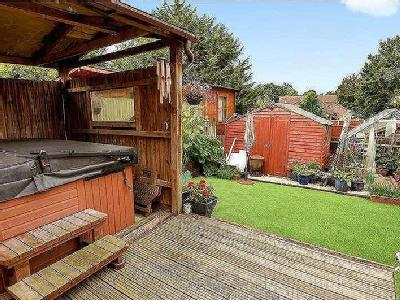 House for sale, Humber Way - Garden