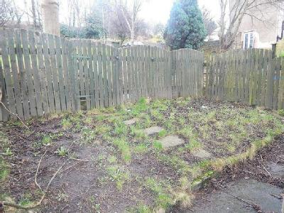 House for sale, Byron Avenue - Garden