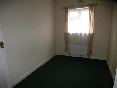 Flat to let, Crow Lane - Terrace
