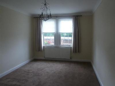 Flat to let, Home Park Walk - Garden