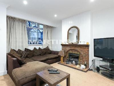 Loughton Property Homes To Rent In Loughton Nestoria