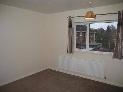 House to let, Bourne Close - Detached