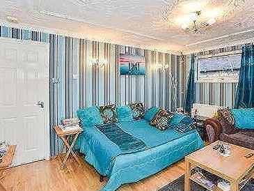 House for sale, Medale Road - Garden