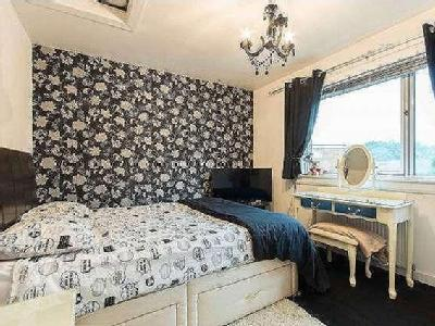 House for sale, Forth Crescent
