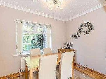 House for sale, Orchards Way - Garden