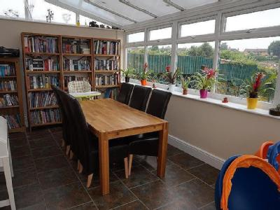 House for sale, Holts Lane - Garden