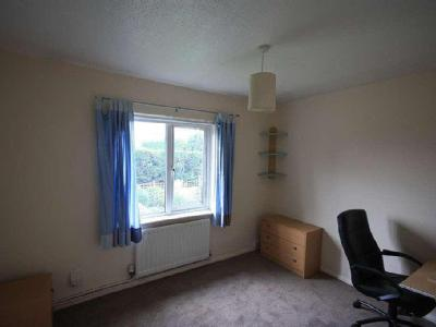 House to let, Chenies Drive - Garden