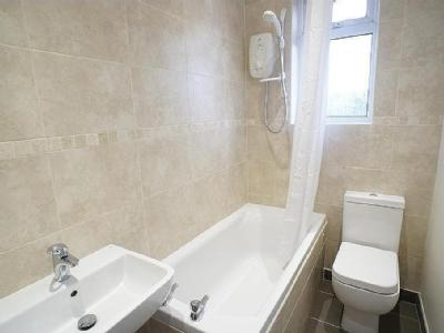 House to let, Western Road - Terrace