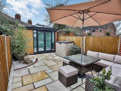 House for sale, Berners Street