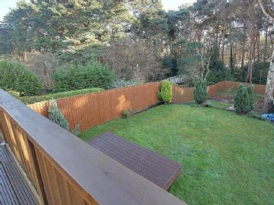 Pine Vale Cres, Bournemouth - Terrace