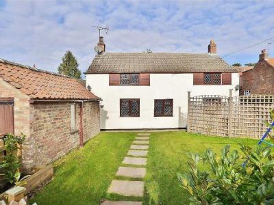 House for sale, Full Sutton - Cottage