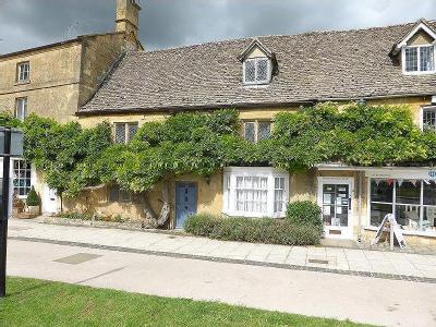 The Green, Broadway, Worcestershire, Wr12