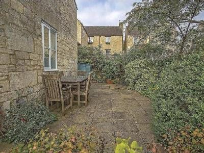North Woodchester - Garden, Cottage